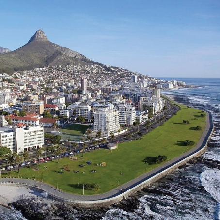 Seapoint Beach Front on the Cape Peninsula tour